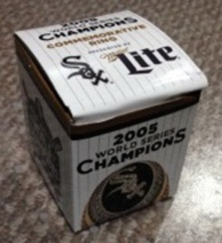 Chicago White Sox Commemorative 2005 Championship Ring Replica 7/18/15 SGA