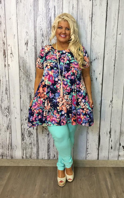 Perfect Pair of Bottoms from the Best Boutique Clothing Shop for Plus Size Women