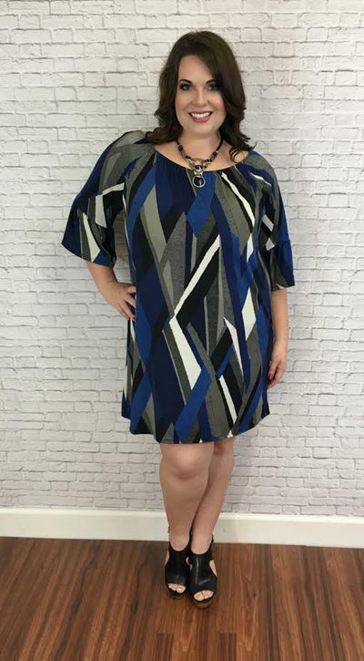 Clothes for Plus-Size Women Style Guide:  Choosing the Right Flattering Dress