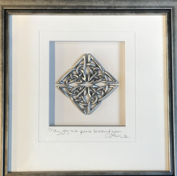 Celtic Knot- Diamond Frame