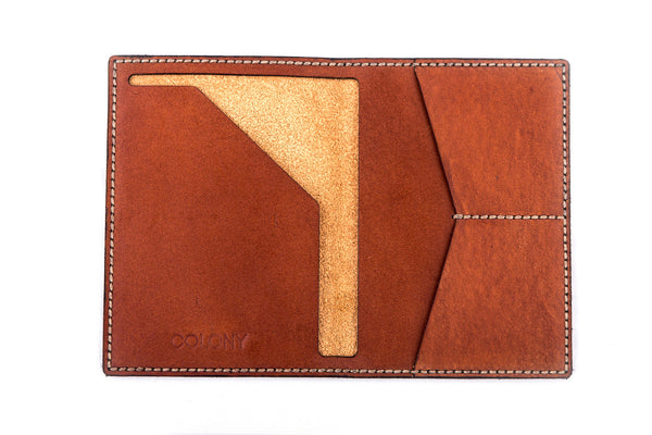 Passport Wallet / Tan