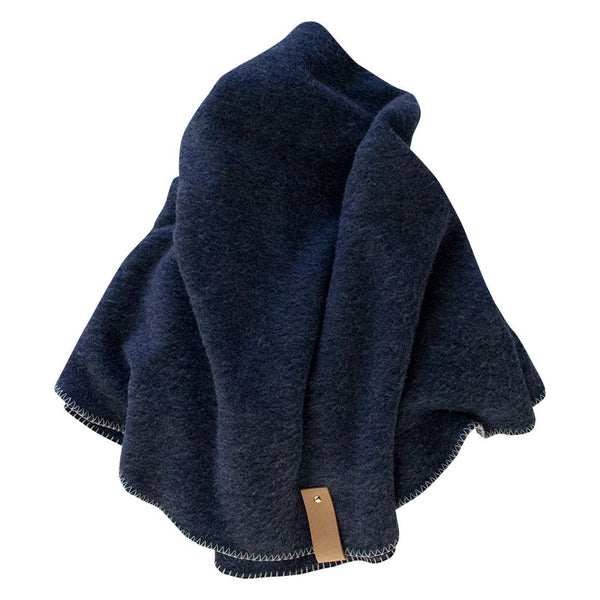 PORTSEA ROUND THROW BLANKET NAVY