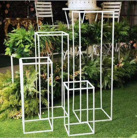 metal stand wedding centerpiece