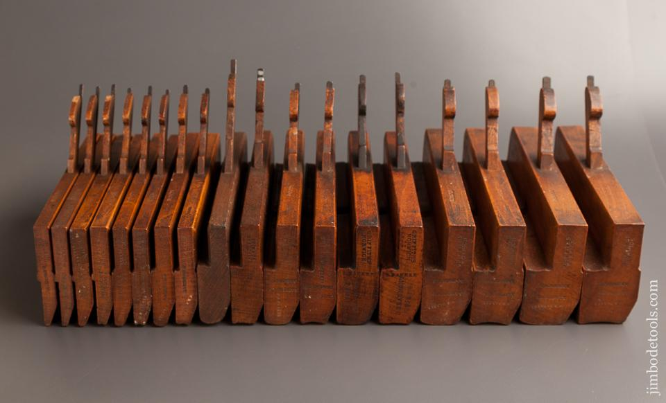 Complete Set of 18 GRIFFITHS NORWICH Hollows & Rounds Moulding Planes circa 1803-1958 EVENS - 77565