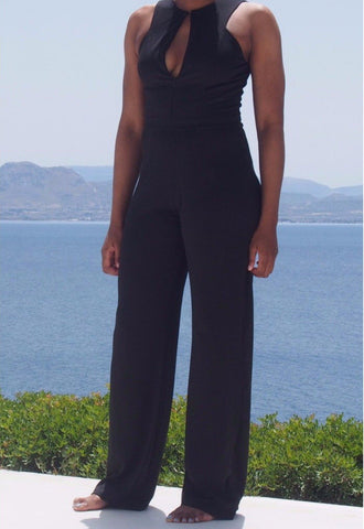 Made for women 5'9 and up this tall jumpsuit comes in a longer length making it the perfect jumpsuit for tall. Shop tall ladies jumpsuit specially designed for tall women with long torso and length in 37' inseam. this tall, fit, tall length jumpsuit is the perfect jumpsuit for tall women.