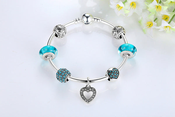 Beaded Heart Charm Bracelet - Luna's Warehouse