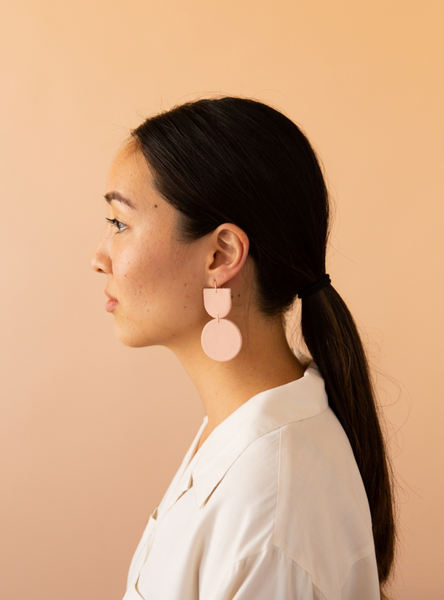 Mocu Earrings -- Pale Pink