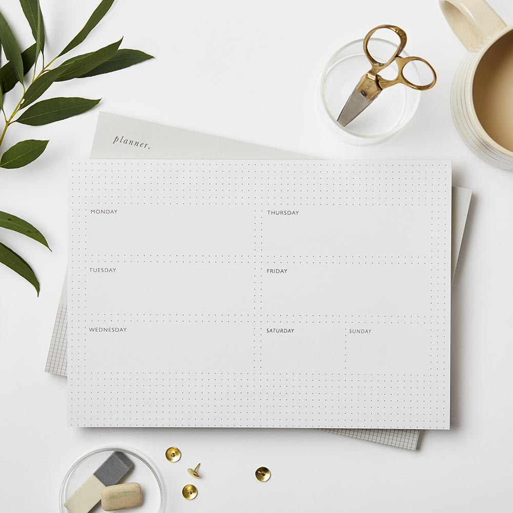 Katie Leamon - weekly planner dots