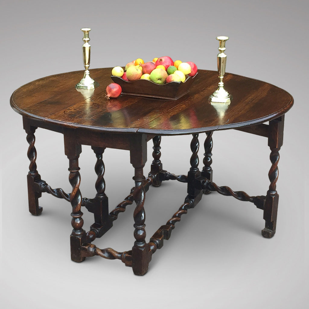 Early 18th Century Oak Gateleg Dining Table - Main View-1