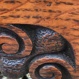 Small Arts & Crafts Oak Chest of Drawers - Close up of Feet - 8