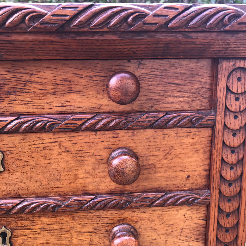 Small Arts & Crafts Oak Chest of Drawers - Carving Detail - 3