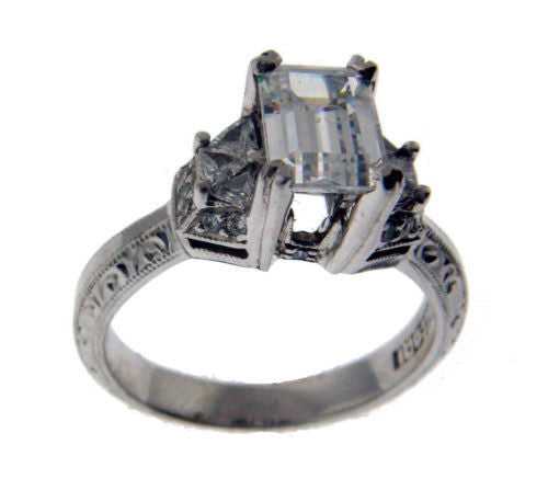Tacori .25 carat large Diamond engagement ring in Platinum fits 1 carat.