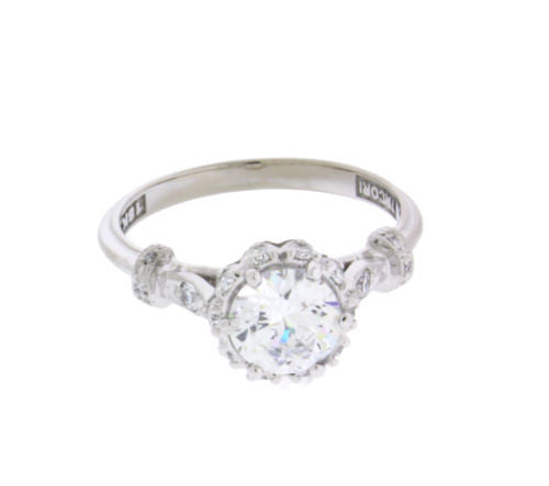 Tacori antique look diamond engagement ring in 18k