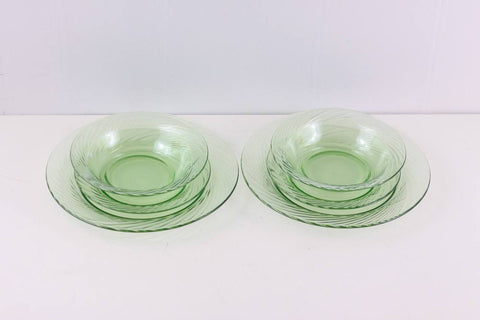 Green pyrex festiva dinner set for 2, engagement present, housewarming gift
