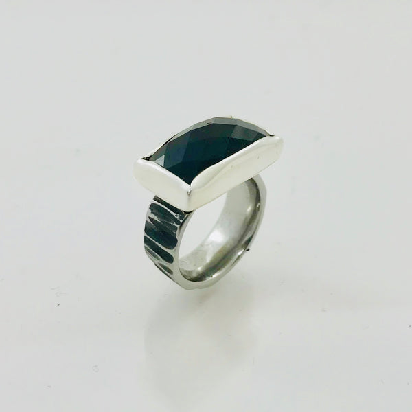 Black Spinel Ring | Rectangular shaped
