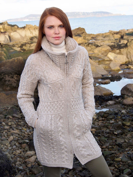 DOUBLE COLLAR MERINO ARAN COAT WITH CELTIC KNOT ZIPPER