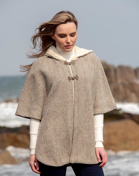 TWEED CAPE WITH CABLE KNIT ARAN COLLAR