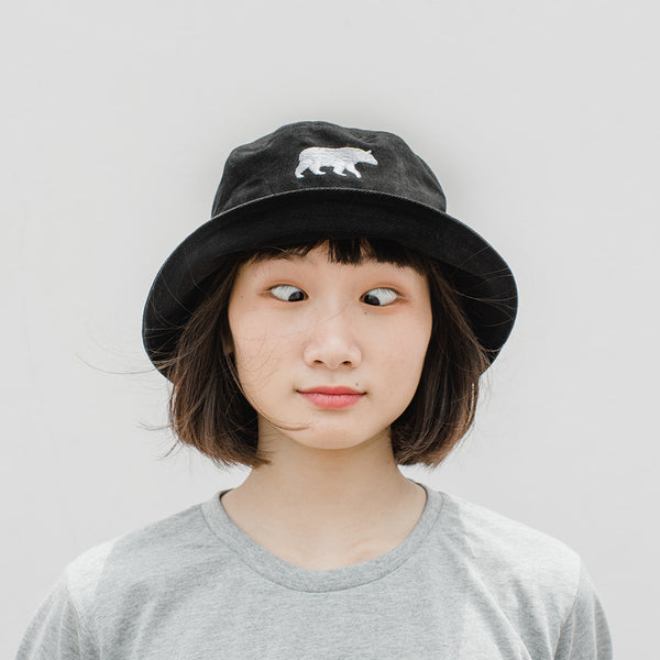 LET IT BEAR, BUCKET HAT (Black)