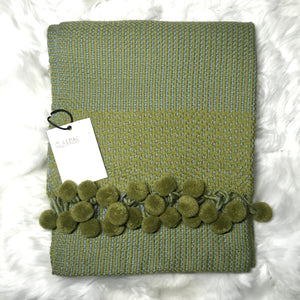 Alpaca scarf color green with pom pom made of 100% Peruvian alpaca wool