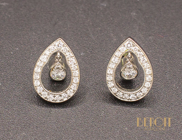 "Boucles d'Oreilles Piaget ""Millenium"" Diamants"