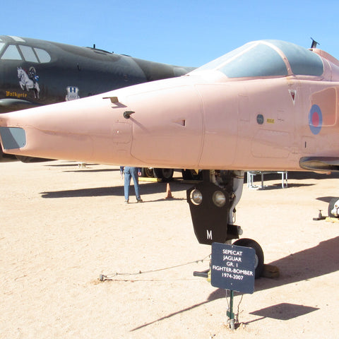 48053 SEPECAT Jaguar Closed nose Avionics door (Kittyhawk)
