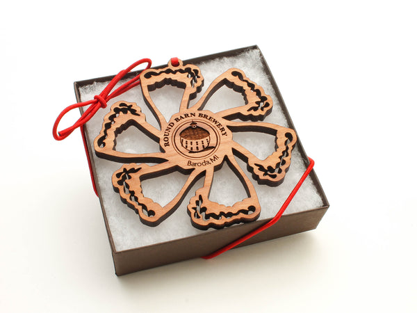 Round Barn Winery Beer Glass Snowflake Ornament Gift Box