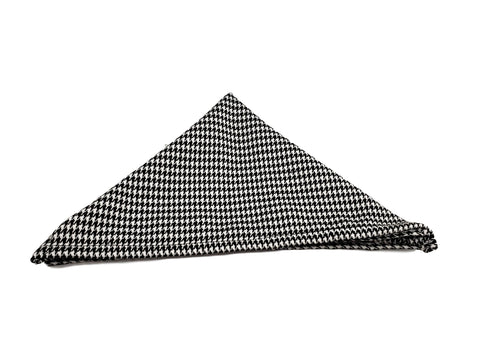 Black and white houndstooth pocketsquare