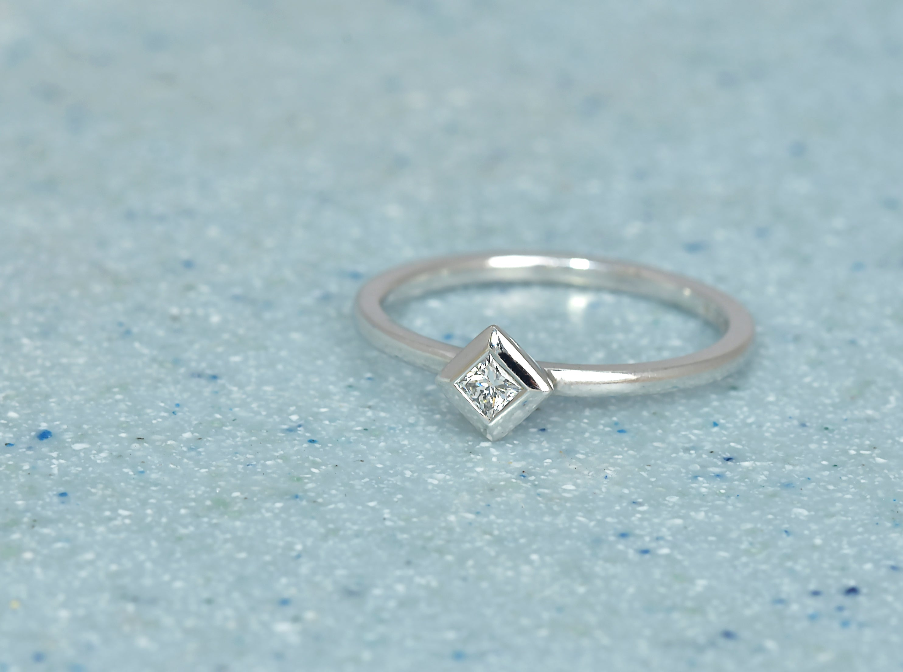 Diamond Pyramid Ring in 18ct White Gold