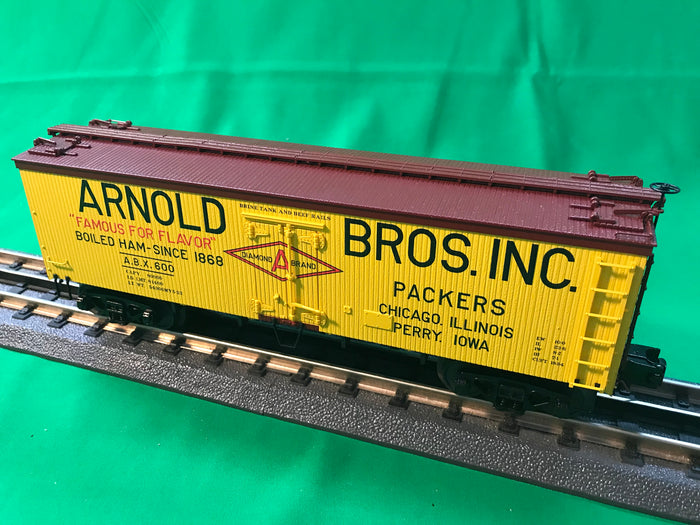 "MTH 20-94400 - 36' Woodsided Reefer Car ""Arnold Brother's Inc."""