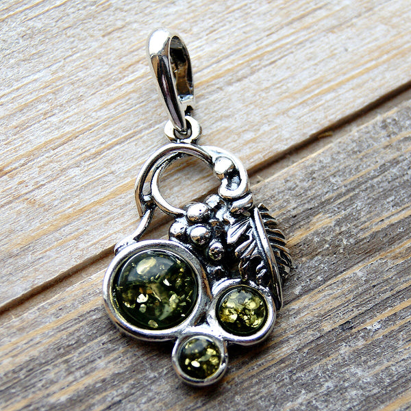 'Autumn Garden' Green Baltic Amber & 925 Sterling Silver Pendant - The Silver Plaza