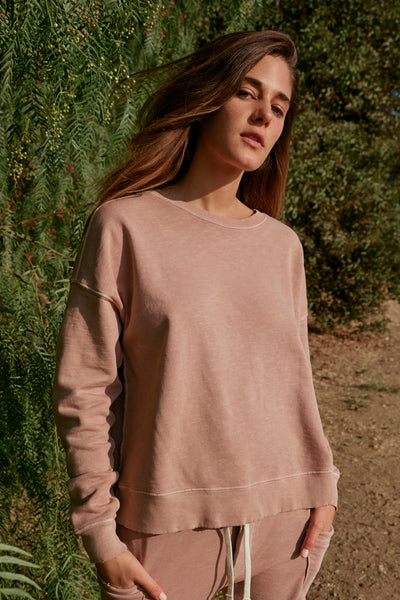Classic Sweatshirt <br> Putty