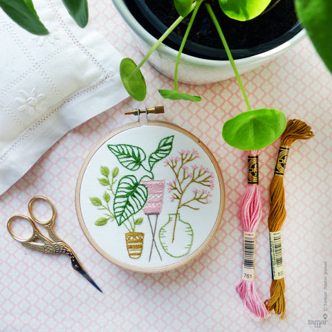 "Pink & Green Leaves - 4"" embroidery kit"