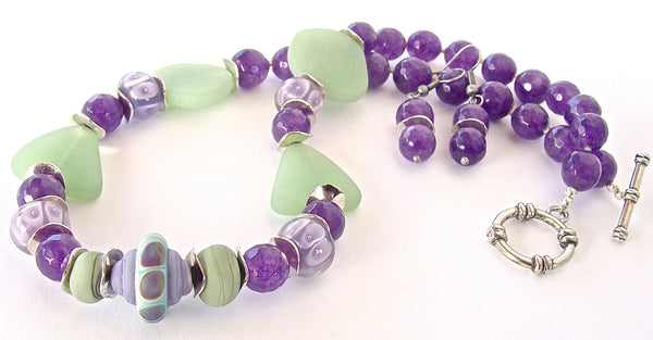 Pionus: Colorful Beaded Necklace Set
