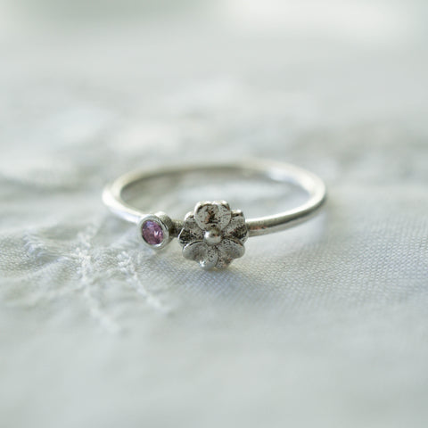 Seed Ring Pink Sapphire