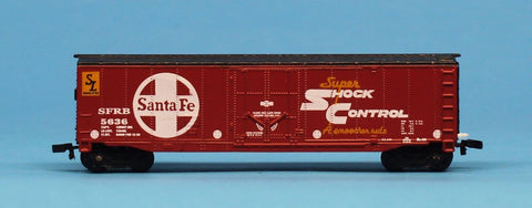 Maisto On Track N Gauge Santa Fe Super Shock Control SFRB #5636 Box Car Diecast #MOC02U