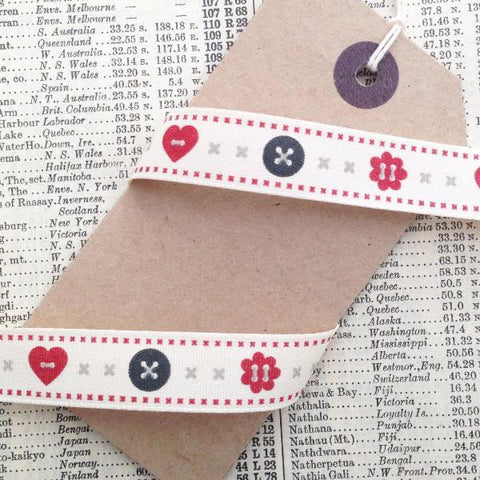 15mm Cream Red & Grey Buttons Heart Berisfords Ribbon - SweetpeaStore