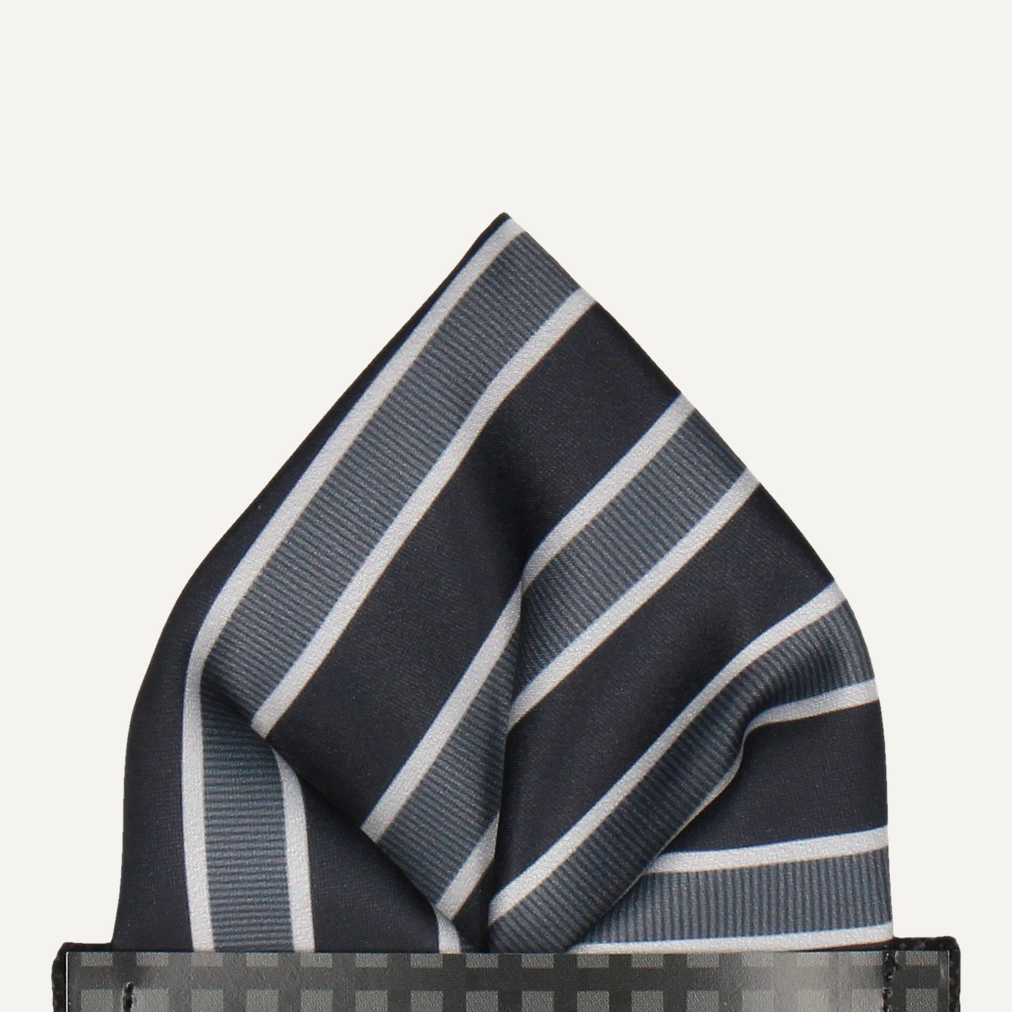 Doddlington in Black Pocket Square