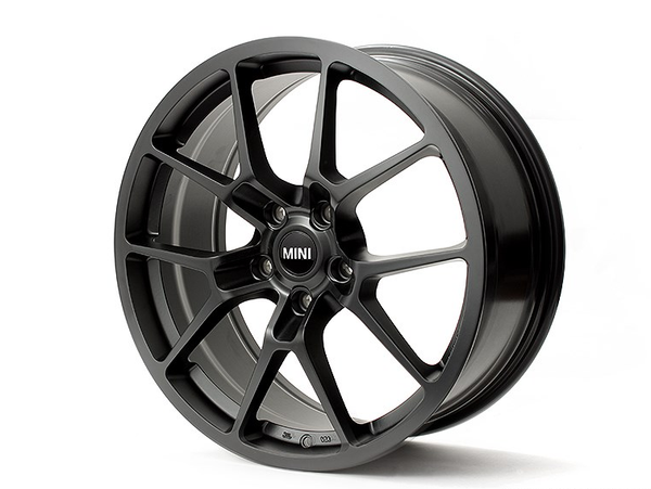 NM Eng. RSe10 19x8.0 Light Weight Wheel (5 Lug)