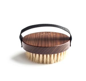 the body brush  Stass & Co