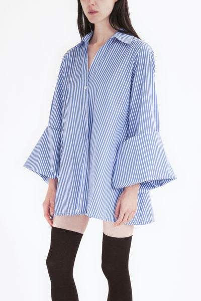oversized shirt with maxi sleeves