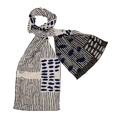 "NUNO Narrow Shawl: ""Bean Scatter"" (Blue/White/Black)"