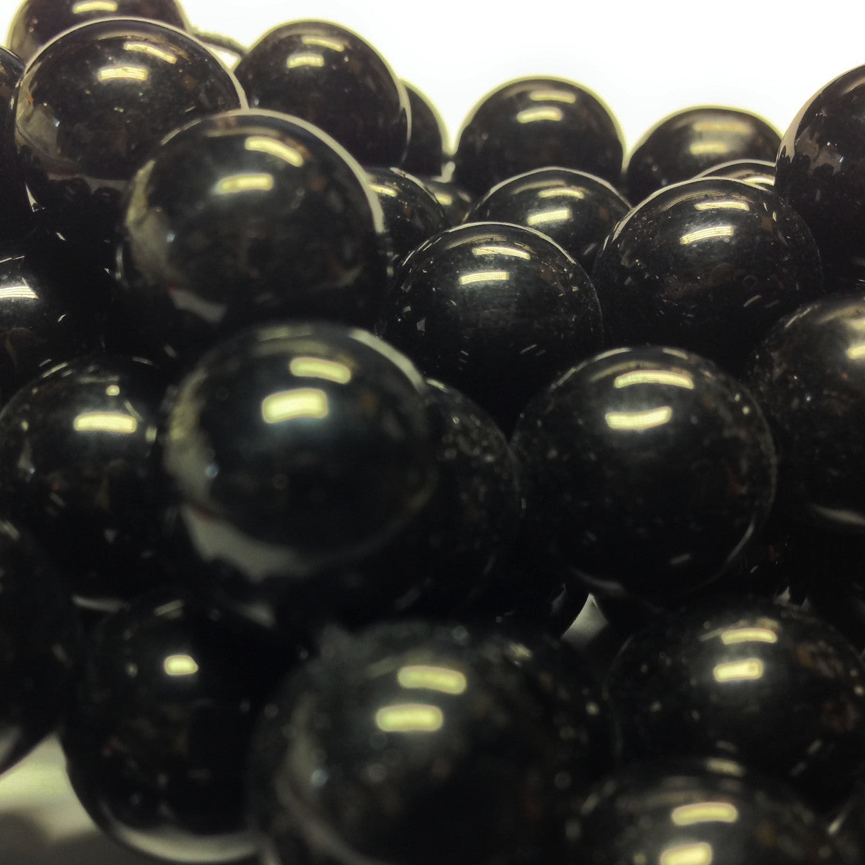 6MM Black Glass Round Beads (600 pieces)