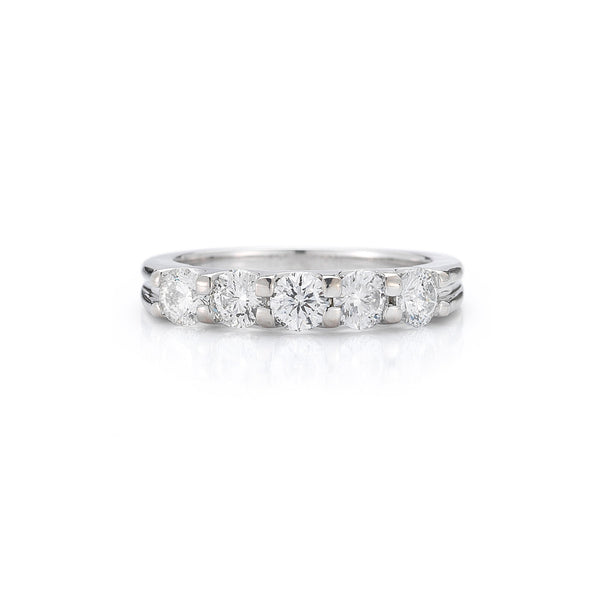 The Five Stone Round Diamond Ring with Grooves