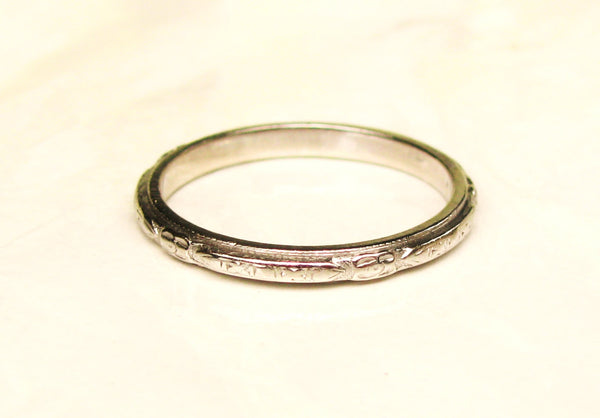 Antique Platinum Wedding Band Ladies Antique Wedding Ring Floral Detailing Art Deco Platinum Ring Bridal Jewelry Size 6!
