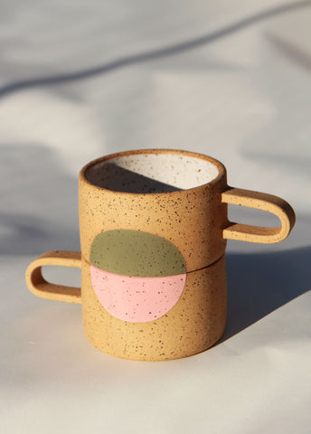 Short Colored Dot Mug