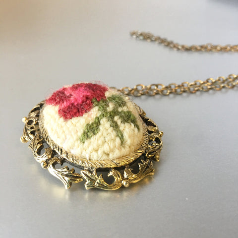 Floral Embroidered Needlepoint Brooch Pendant Chain Necklace Vintage Jewelry