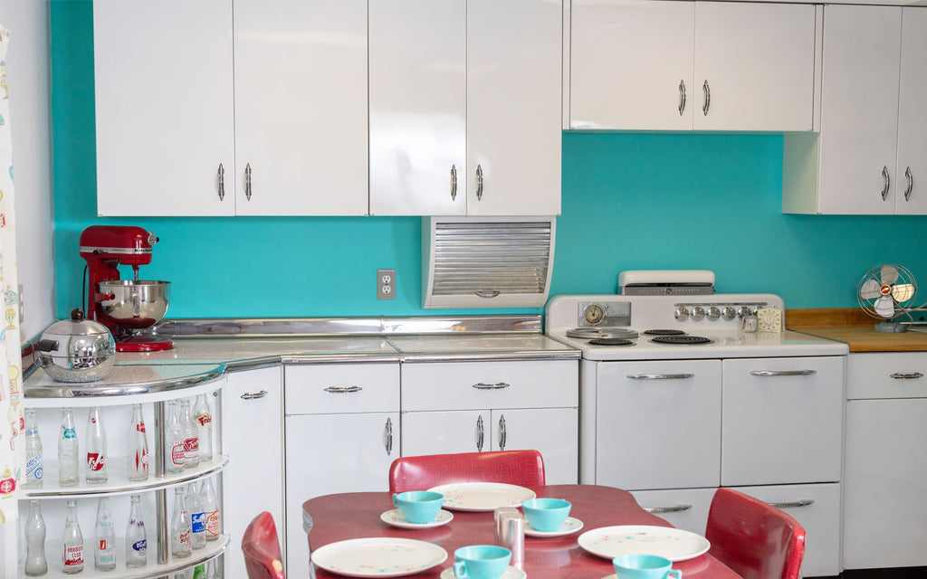 Jason's restored Atomic mid century kitchen. The Inkabilly Blog