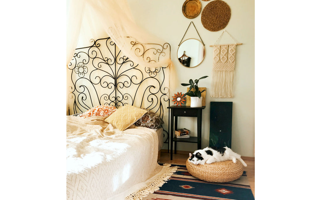Eclectic boho apartment bedroom | House Tour on The Inkabilly Blog