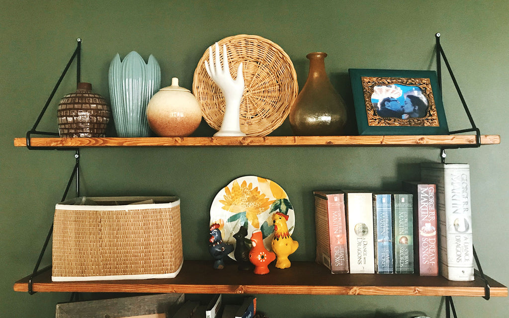 House Tour - Eclectic boho apartment shelfie | The Inkabilly Blog