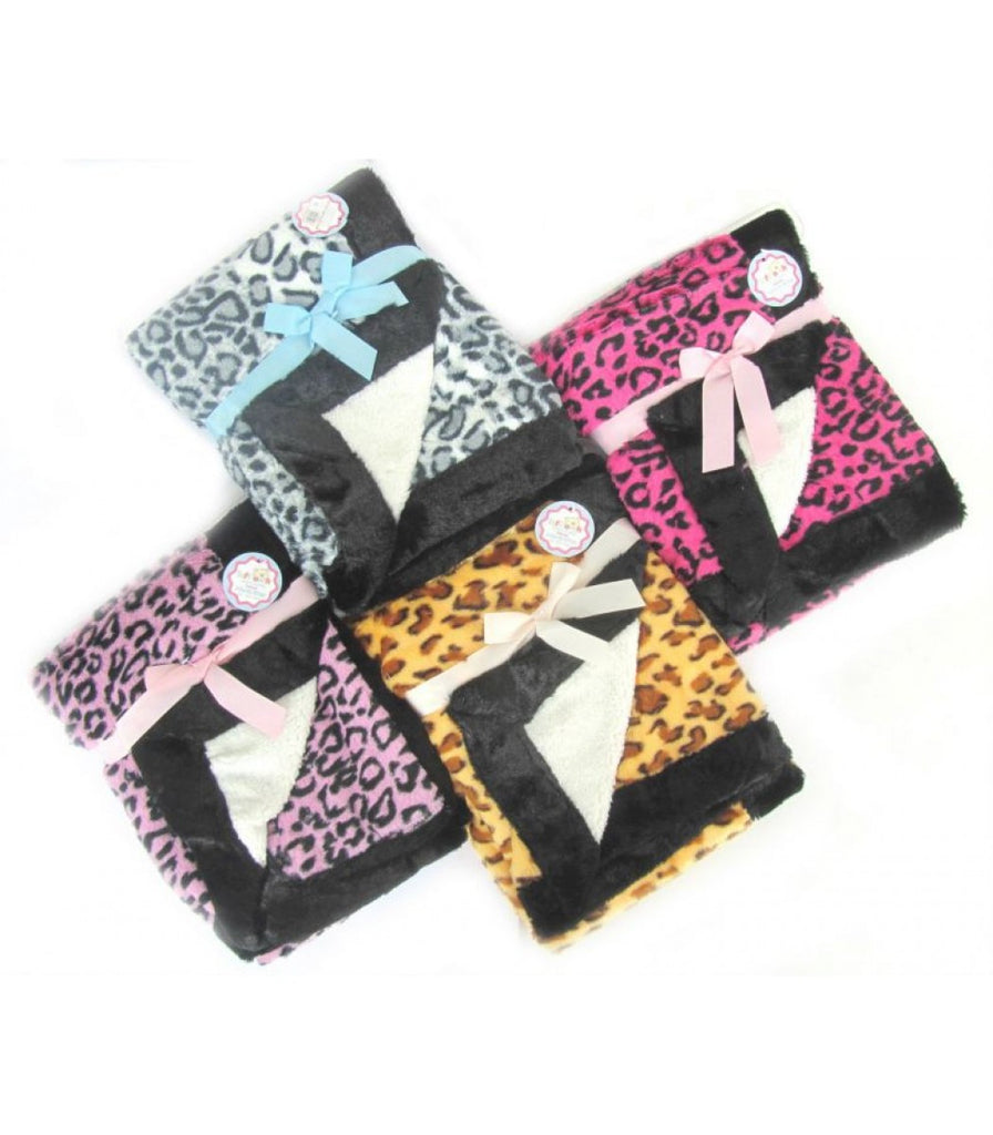 Leopard Print Plush Wrap with Sherpa Fleece Lining